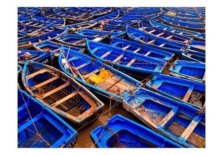 Fototapeta - Niebieskie łodzie rybackie