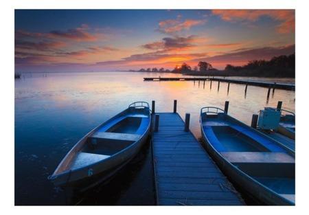 Fototapeta - Zachód słońca, łodzie i pomost